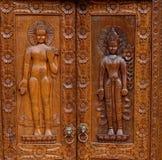 Buddha, scultura del legno di stile tailandese natale Immagine Stock