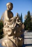 Buddha skulptur i vietnamesisk kloster royaltyfria foton