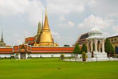 buddha smaragdtempel Royaltyfri Fotografi