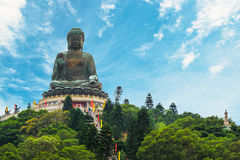 buddha solbränt tian Fotografering för Bildbyråer