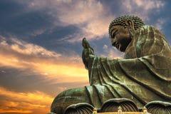 buddha solbränt tian Arkivbilder