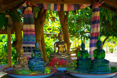 Buddha. Songkran festival pour water the green Buddha and Yellow Gold Buddha Royalty Free Stock Image