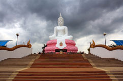 Buddha spettacolare Fotografie Stock Libere da Diritti