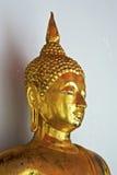 buddha stående Arkivbild