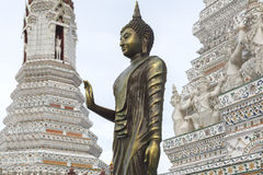 Buddha statua przy Watem Arun Rajwararam Fotografia Royalty Free