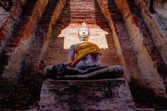 Buddha statua przy Watem Prasat Nakorn Luang, Amphoe Nakorn Luang, Phra Nakorn Si Ayutthaya, Tajlandia Obraz Stock