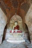 Buddha statua w Ywa Haung Gyi świątyni w Bagan, Myanmar Fotografia Royalty Free