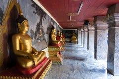 Buddha statua Wat Phra Że Doi Suthep jest Theravada buddyjski t obraz royalty free