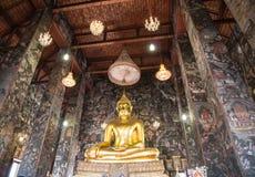 Buddha statua Wat Suthat, Suthattepwararam świątynia Obrazy Stock