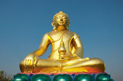 Buddha statue. And blue sky Stock Photography