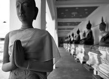 Buddha-Statue bei Wat MahaThat Worawihan Stockfotografie