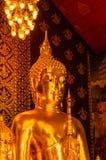 Buddha-Statue der geistigen Mitte Lizenzfreies Stockbild