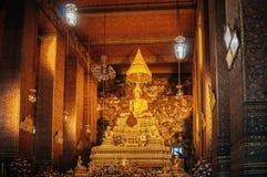 Buddha-Statue in der Haupthalle Wat Pho oder Wat Phra Chetuphon, Bangko Lizenzfreie Stockfotografie