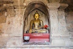 Buddha-Statue in der Pagode bei Bagan, Myanmar Stockfotografie