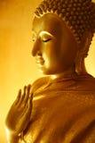 Buddha-Statue in einer unterrichtenden Geste Stockfotografie
