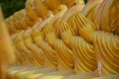 Buddha-Statue, Geschichte von Magha Puja Day am Buddhistgedenkpark Makha Bucha lizenzfreie stockbilder