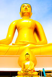 Buddha-Statue, große goldene Buddha-Statue in Thailand Lizenzfreies Stockbild