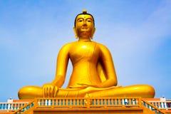 Buddha-Statue, große goldene Buddha-Statue in Thailand Stockfoto
