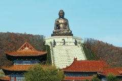 Buddha-Statue im chinesischen Tempel von Jing Stockfotos