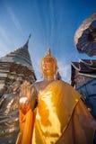 Buddha-Statue im Freien von Wat Phra That Doi Suthep in Chiangmai, Thailand Stockfotos