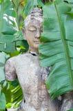 Buddha-Statue im Holz Lizenzfreies Stockfoto