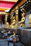 Buddha-Statue im siamesischen Tempel Stockfotografie