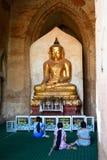 Buddha-Statue innerhalb des Dhammayangyi-Tempels Bagan myanmar Lizenzfreie Stockfotografie