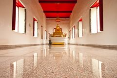 Buddha statue in practice room Royalty Free Stock Photos