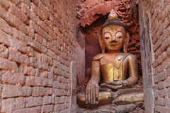Buddha statue of Shwe Indein inside the walls Stock Photography