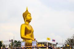 Buddha-Statue an wat laharn Yai Stockfotografie