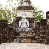 Buddha Statue in Wat Mahathat Temple in Sukhothai Historical par Stock Image