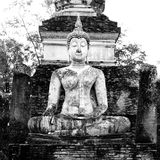 Buddha Statue in Wat Mahathat Temple in Sukhothai Historical par Stock Photo