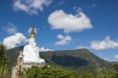 Buddha-Statue in wat phra Sohn keaw Stockfotos