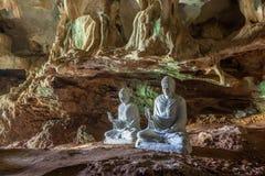 Buddha-Statuen herein stockfotografie