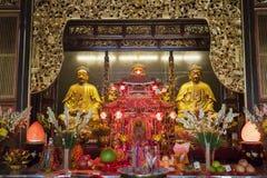 Buddha-Statuen im chinesischen Tempel Stockbild