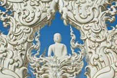 Buddha-Statuen in Wat Rong Khun Stockfotos