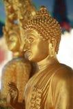 Buddha-Statuengesicht ist humanitär stockbild