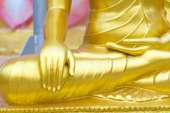Buddha-Statuenhandabschluß herauf Detail, Thailand Stockbilder