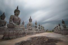 Buddha statuy biel Zdjęcie Royalty Free