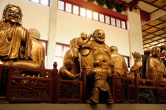 Buddha statuy przy Lingyin świątynią Hangzhou Fotografia Royalty Free