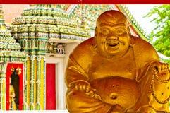 Buddha staty i det Wat Pho tempelet, Bangkok Royaltyfri Fotografi