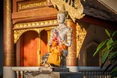 buddha statysten thailand Arkivfoto