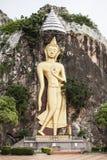 buddha statytempel Royaltyfri Foto
