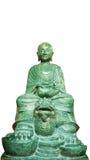 Buddha-Stein green& x28; Glückliches stone& x29; Statue lokalisiert auf einem weißen Hintergrund Stockfotos