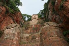 buddha storslagen leshan staty Arkivfoto