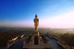 Buddha sulla montagna Fotografia Stock Libera da Diritti