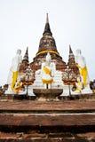 Buddha und Mönch Lizenzfreie Stockbilder