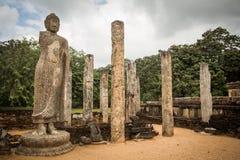 Buddha und Säulen in Polonnaruwa, Sri Lanka Asiat, Königreich Stockfotos
