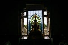 Buddha und Schatten lizenzfreie stockbilder