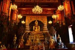 Buddha von Wat Phananchoeng Worawihan, Ayutthaya lizenzfreie stockfotos
